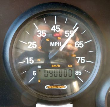 Big Blue turned 90,000 miles early in the day's drive. She a pretty experienced motor home.